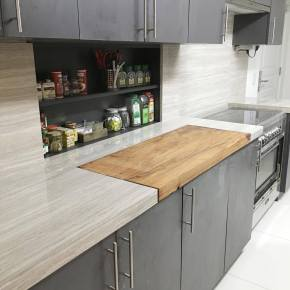 High-End Counter tops at the kitchen
